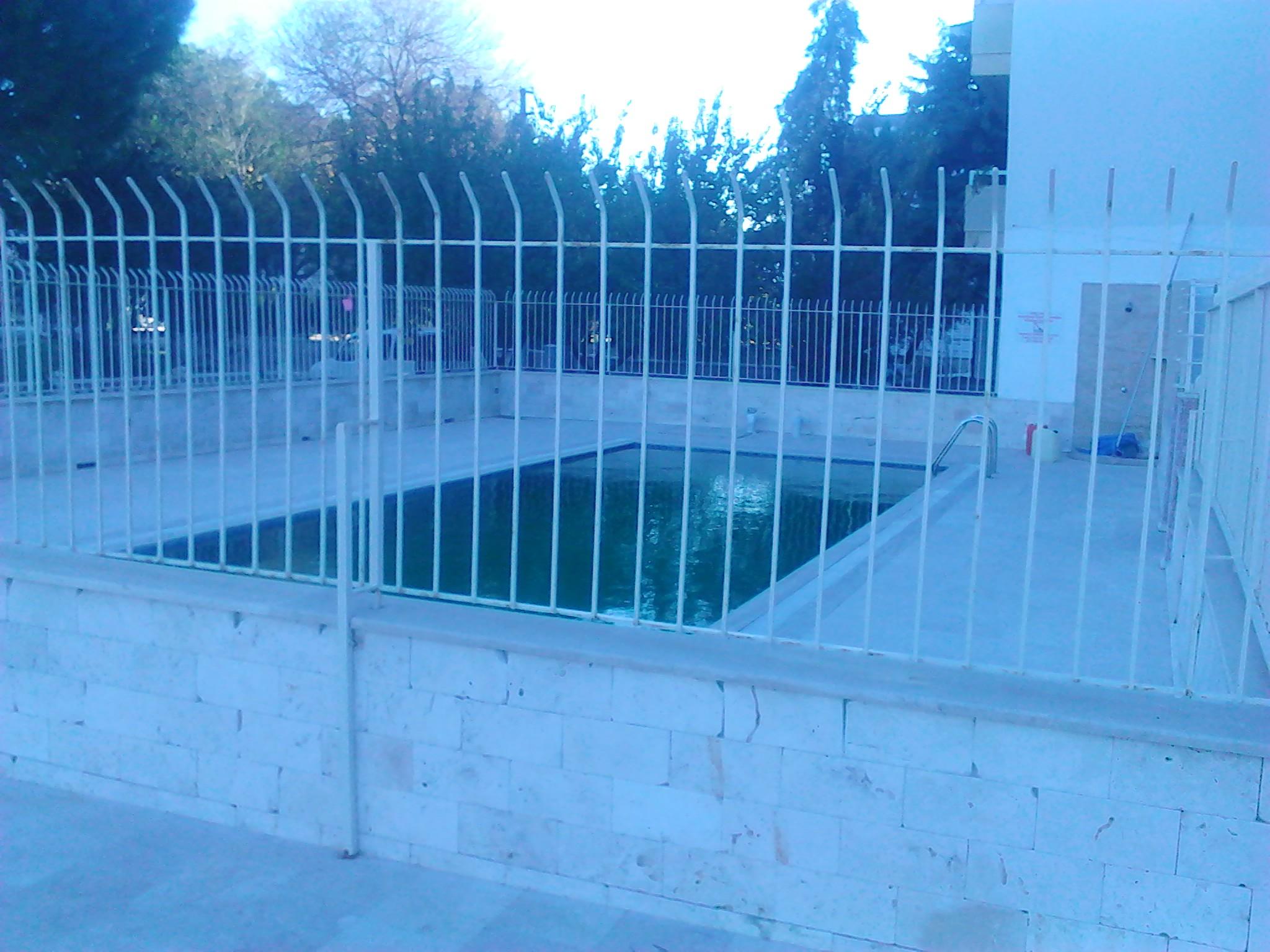2 bed apartment long beach kusadasi kusadasi property for Swimming pool bed